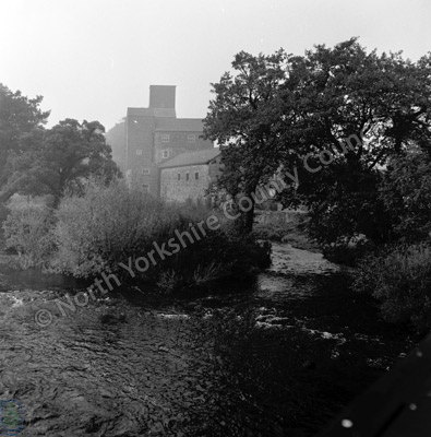 River Ure, Tanfield, Weir and Mill